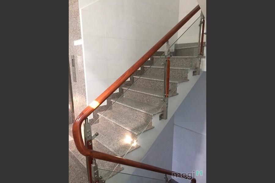 Phòng trọ cao cấp có thang máy, máy lạnh tại 166 Thoại Ngọc Hầu, Phú Thạnh, Quận Tân Phú
