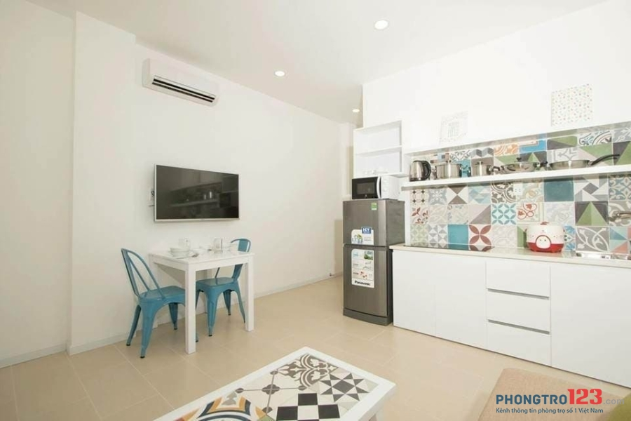 Cho thuê căn hộ dịch vụ cầu Nguyễn Văn Cừ, Quận 5  full nội thất