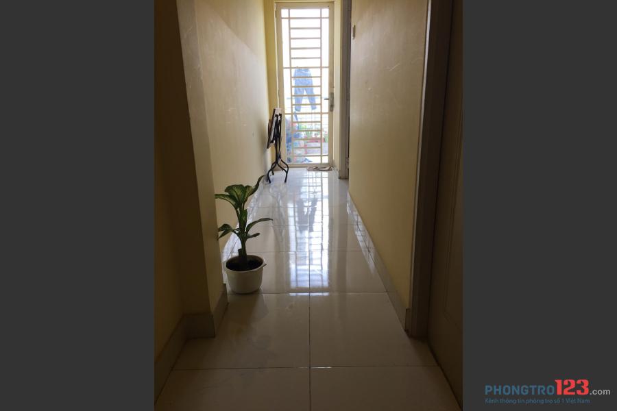 Cho thuê phòng trống rộng, có toilet riêng trong phòng giá 2 triệu quận Bình Tân