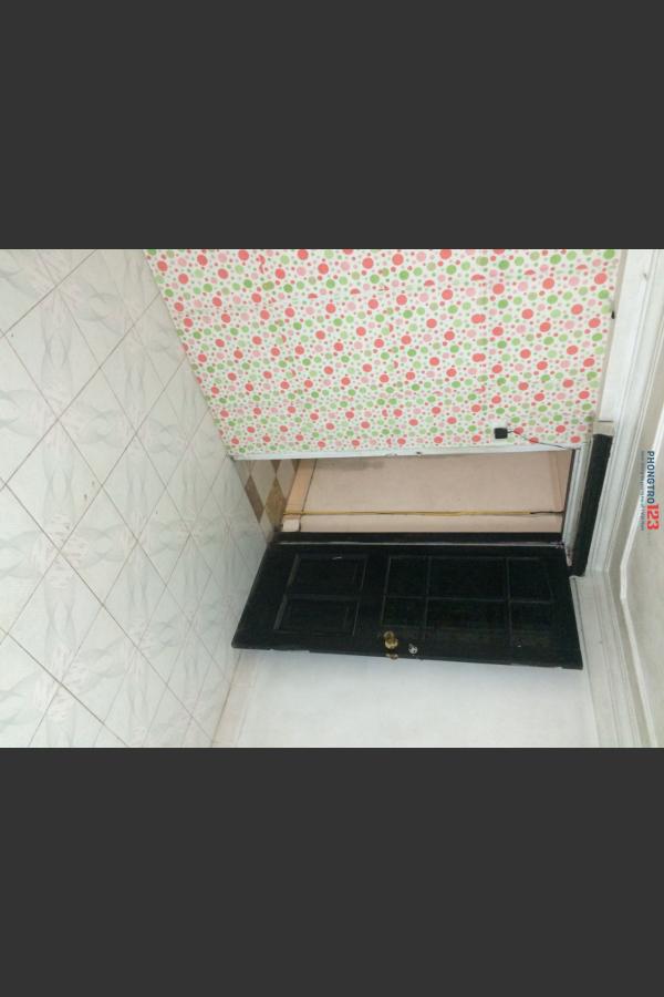 Có 01 phòng tầng 2 nhà riêng cho thuê
