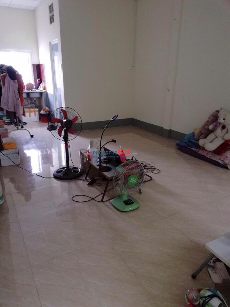 Phòng cần 1 nữ ở ghép, gần trường ĐH Công Nghiệp TP.HCM, Chợ Gò Vấp