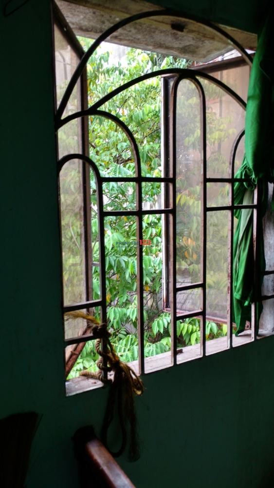 Phòng trọ cho thuê đường Pastuer Quận 3, yên tĩnh, gần Trường Học Quốc Tế