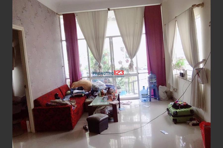 Tìm 3 người ở ghép, ở 1 phòng 15m2 trong căn hộ chung cư 70m2 2 phòng ngủ, nội thất đầy đủ