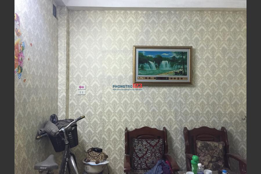 Cho thuê nhà 5 tầng quận Hoàn Kiếm - dtsd 100m2
