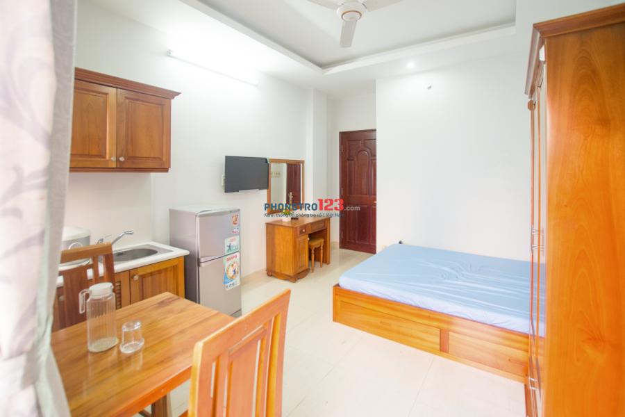 Cho thuê căn hộ cao cấp, tại 339 Lê Văn Sỹ, Quận 3, giá 8 triệu