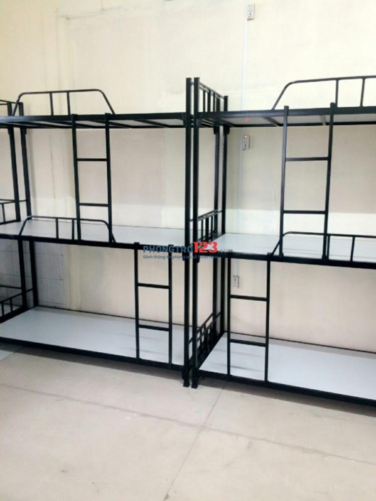Cho thuê KTX giá rẻ chỉ 450k tháng ở Tân Bình, có wifi, máy lạnh