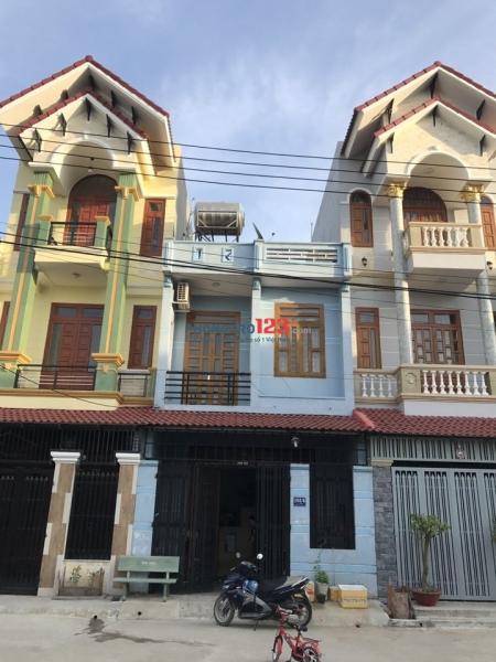 Cho thuê nhà phố nguyên căn 1trệt, 1 lầu, nhà còn mới, đẹp, DT 5x13m