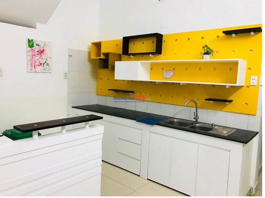 Phòng cho thuê giá rẻ có nội thất, Phạm Viết Chánh, Quận 1
