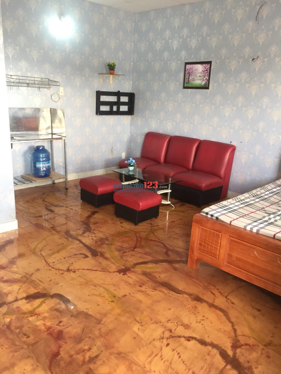 Phòng trọ cao cấp Xô Viết Nghệ Tĩnh, ngay ngã tư hàng xanh, giá 5tr