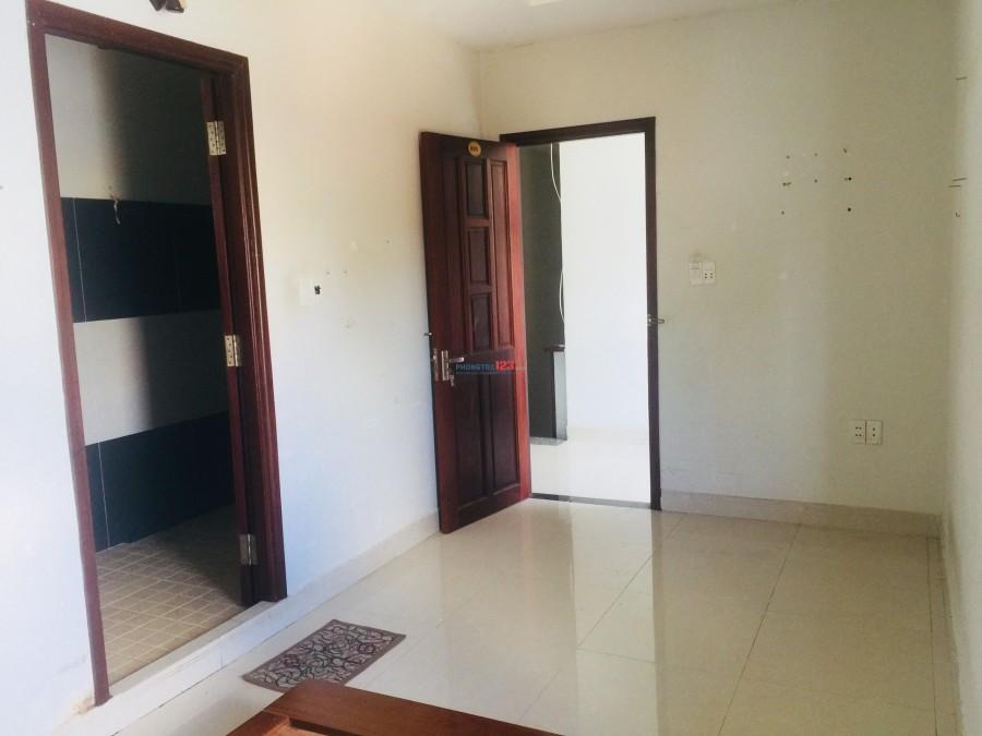 Cho thuê phòng riêng tại đường Lê Văn Lương, Nhà Bè