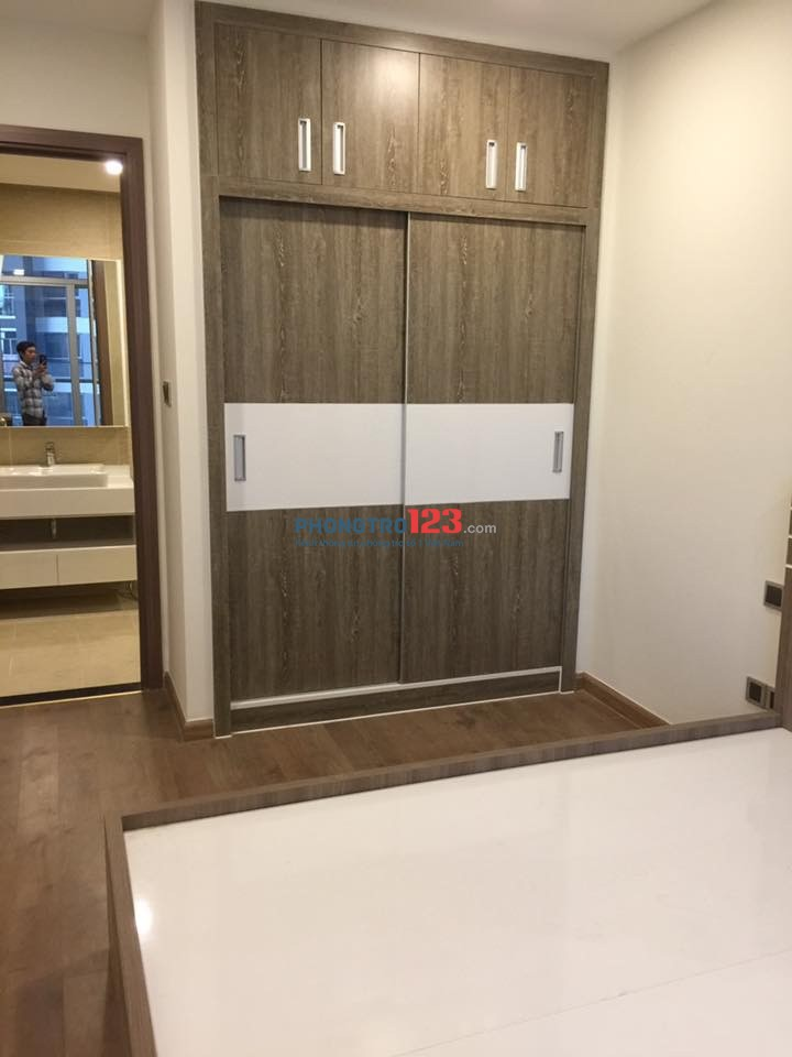 Phòng cao cấp full nội thất, có bếp, tivi, tủ lạnh máy giặt, máy lạnh giờ tự do. Sát sân bay công viên gia định