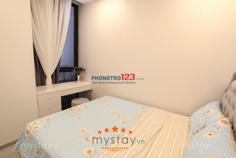 Cho thuê căn hộ Vinhomes Ba Son, Q.1;  68m2, 2 PN, full nội thất