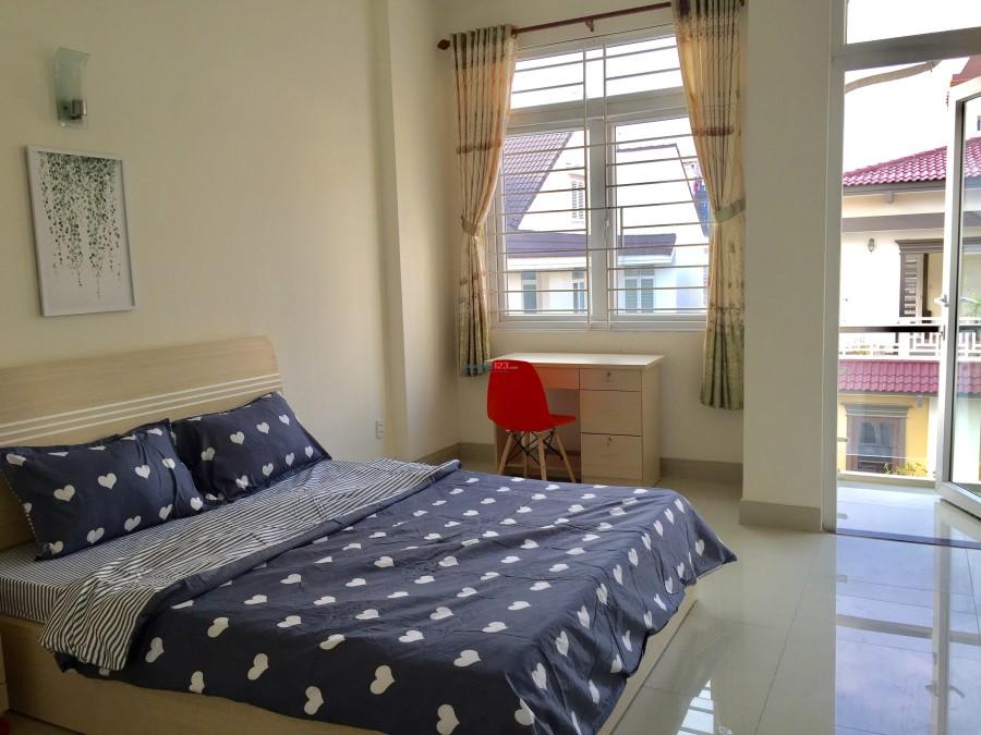 Phòng full nội thất, ngay CV Hoàng Văn Thụ, sân bay Tân Sơn Nhất