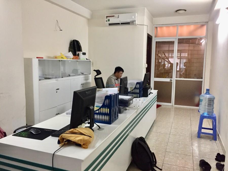 Cho thuê nhà nguyên căn HXT 135/17/ Nguyễn Hữu Cảnh, P.22, Bình Thạnh 4x16- 1T2L ST 200m