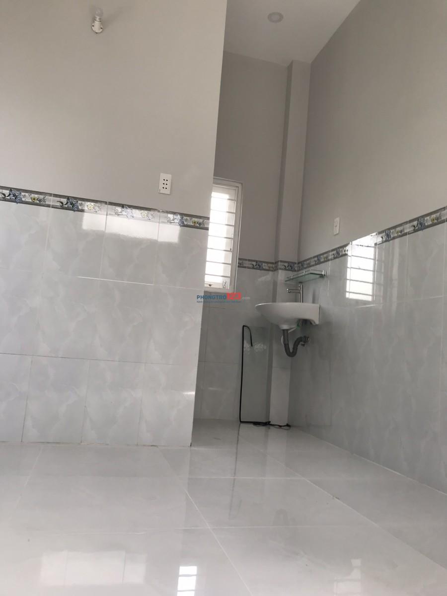 Cho thuê nhà giá rẻ Nguyễn Duy Trinh, Quận 2