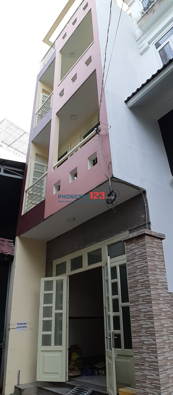Cho Thuê Nhà Nguyên Căn Q.Tân Phú, 260m2