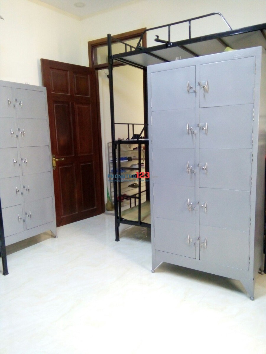 Cho thuê KTX máy lạnh 4D1 bình thạnh 450k/tháng