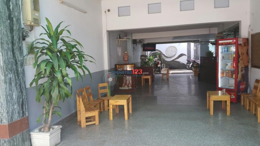 Sang hợp đồng thuê nguyên căn 12 phòng, có thang máy, mặt bằng đẹp