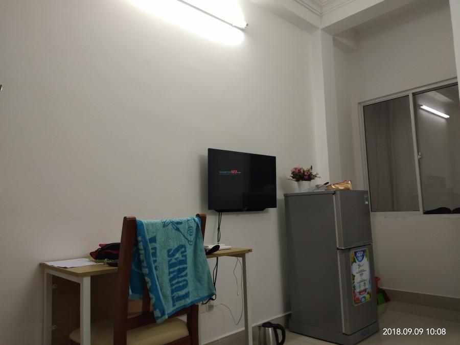 Phòng trọ full nội thất gần Sunrise City 4tr8, hẻm xe hơi