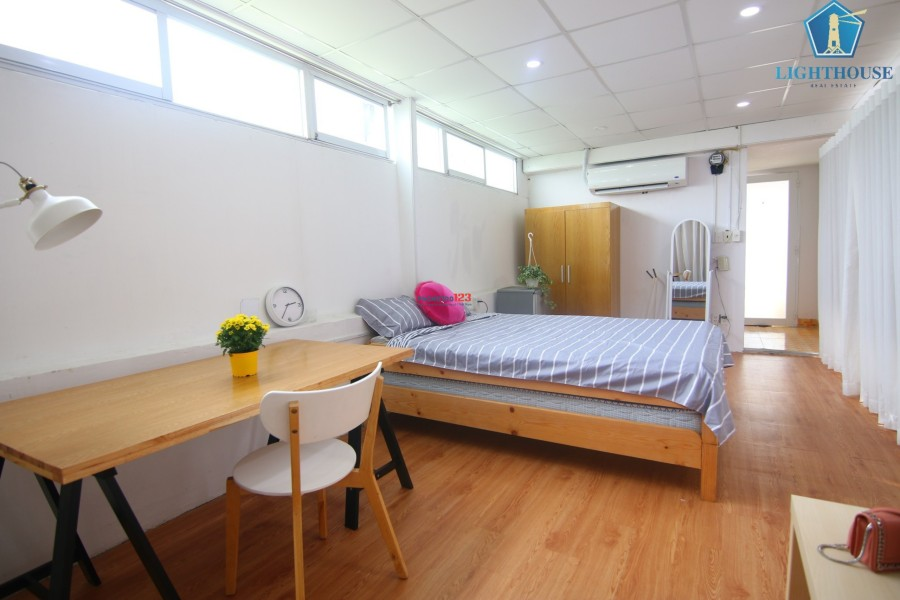 Phòng 36m2 full nội thất đường Nguyễn Cư Trinh, Quận 1