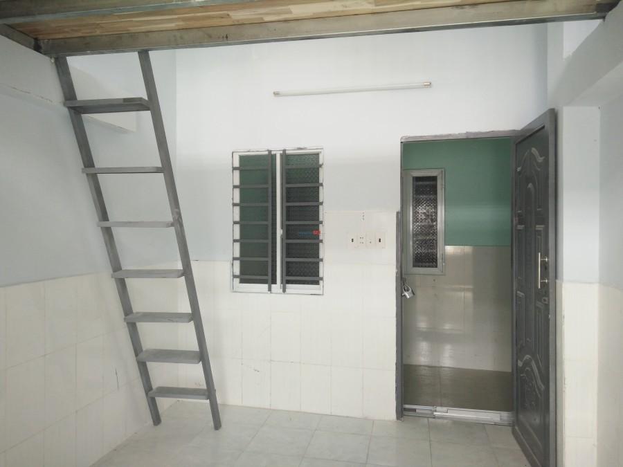 Nhà trọ Lê Đình Cẩn mới xây, 25m2, an ninh thoáng mát, giá 2tr1 (0986400524)