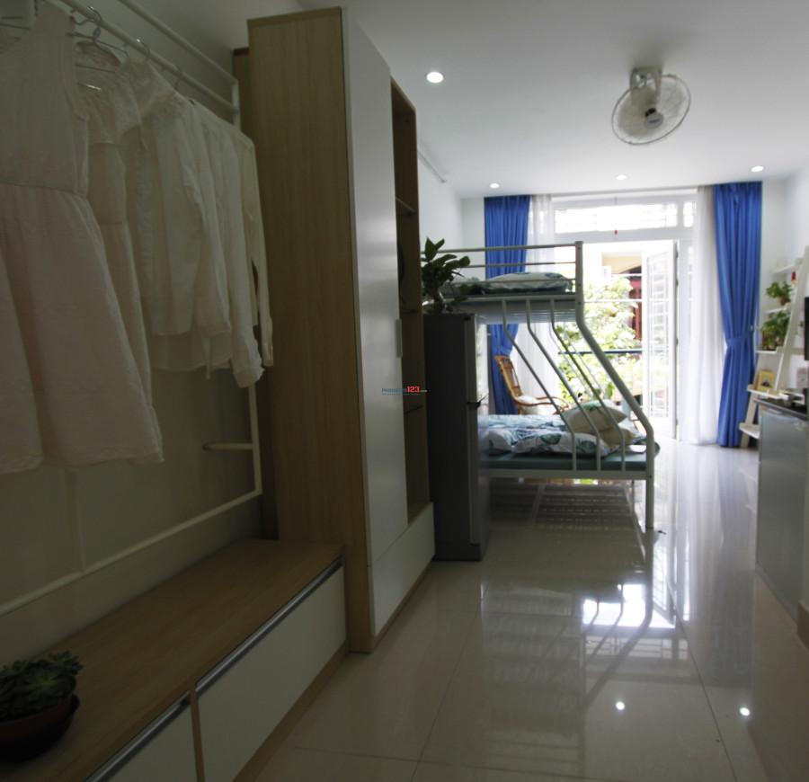 Phòng dịch vụ cho thuê, đủ tiện nghi, gần sân bay