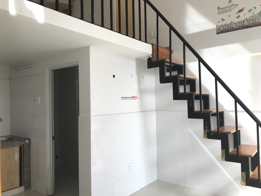 Phòng trọ có nội thất Quận 7, gần Phú Mỹ Hưng, đường Nguyễn Thị Thập, 4.2tr, 3 người