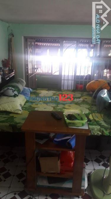 Cho ữ thuê phòng đường Phạm Vấn, Tân Phú