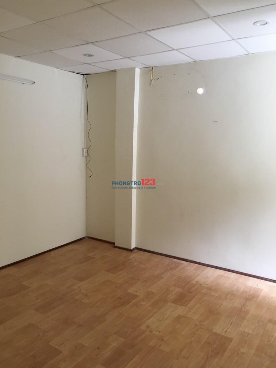 Cho thuê nhà riêng hẻm Cao Đạt, Phường 1, Quận 5