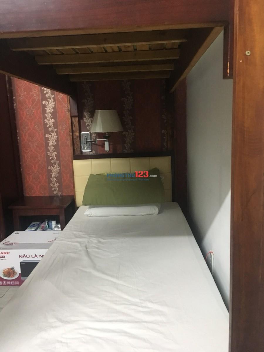 Tìm 3 nữ ở ghép ở Trần Hưng Đạo, phố tây 2.2tr/người đã bao hết tất cả