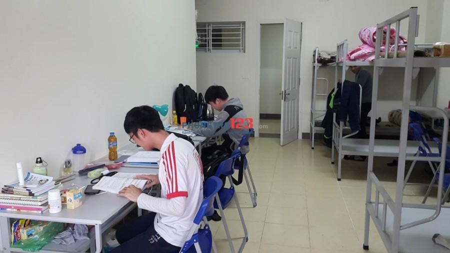 kí túc xá cho thuê phường Tân Thuận Đông, quận 7 tự do giờ giấc