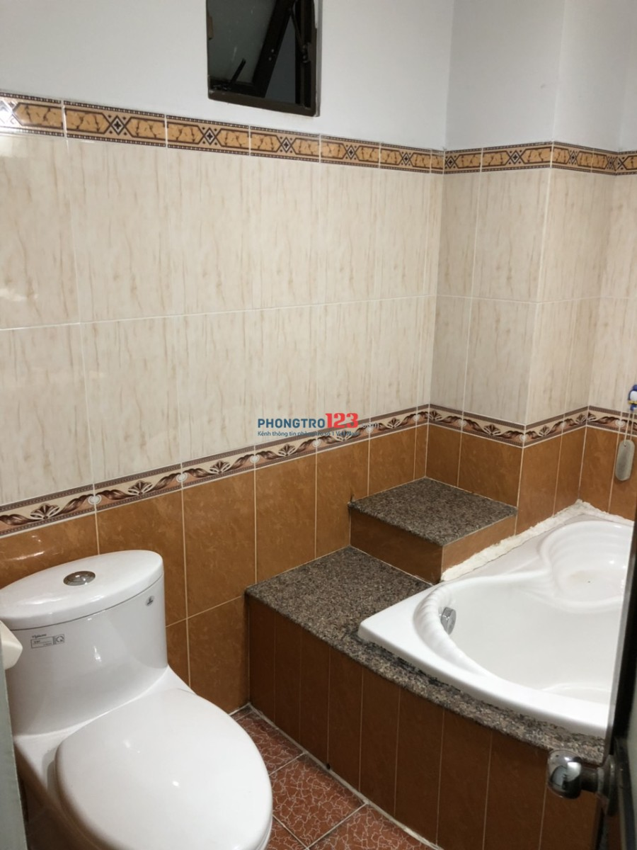 Cho thuê phòng mới sơn khu văn phòng mặt tiền Quận Tân Bình
