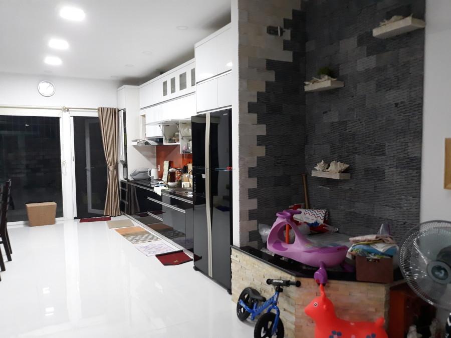 Cho thuê biệt thự Mega Ruby Khang Điền - 3PN 3WC, đầy đủ nội thất giá cực hấp dẫn chỉ 15tr/tháng