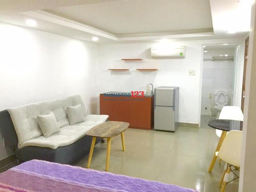 Căn hộ dịch vụ full nội thất mới 100% đường Trường Sơn, Quận TB