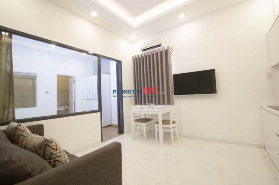 Căn hộ dịch vụ 1PN cao cấp full nội thất cầu Nguyễn Văn Cừ, Quận 5