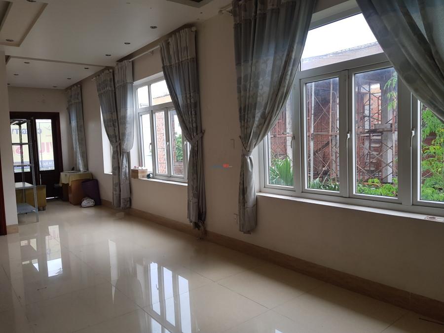 Cho thuê phòng 20m2 – Đầy đủ tiện nghi – 3.000.000. (Quận 2)