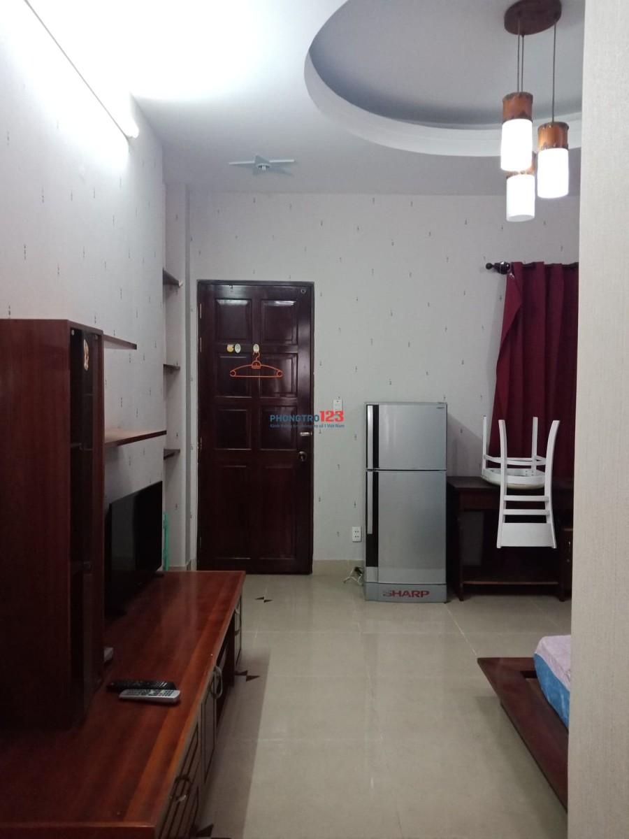 Cho thuê phòng view đẹp trung tâm quận 1, đường Hai Bà Trưng, đối diện công viên Lê Văn Tám