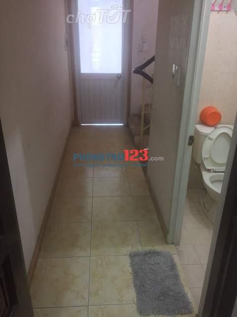 Cho thuê phòng trọ đầy đủ nội thất Bình Thạnh gần ngã tư hàng xanh