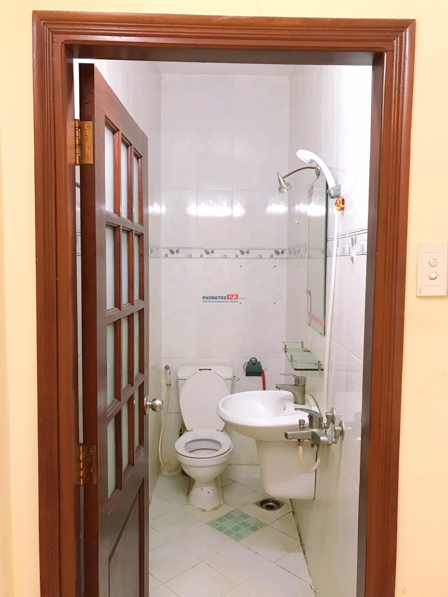 Cho thuê phòng Nguyễn Sơn đầy đủ tiện nghi