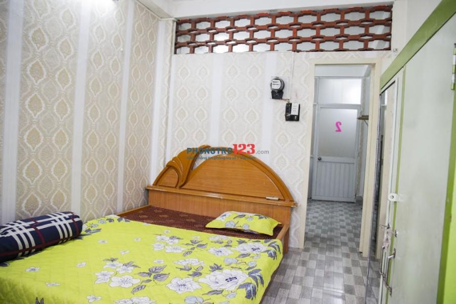 Cho thuê phòng ngủ + bếp full nội thất 4tr7 ngay trung tâm Quận 1