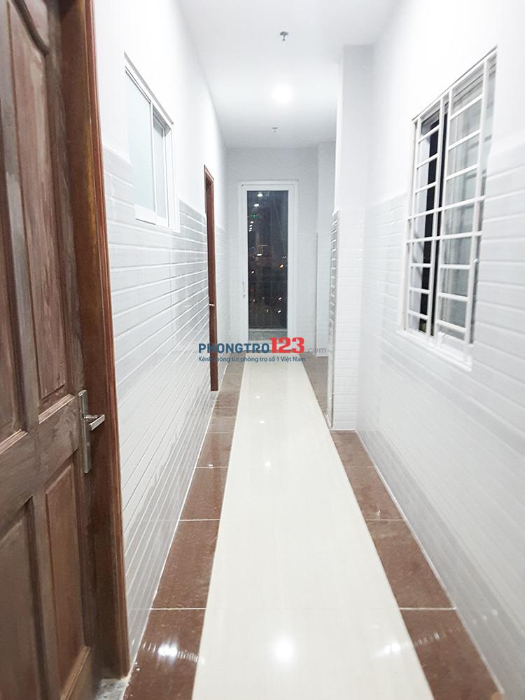 Phòng đối diện Lotter, mới 100%,Penhouse bao mát, bếp nấu, cửa sổ, thang máy, bảo vệ, giờ tự do