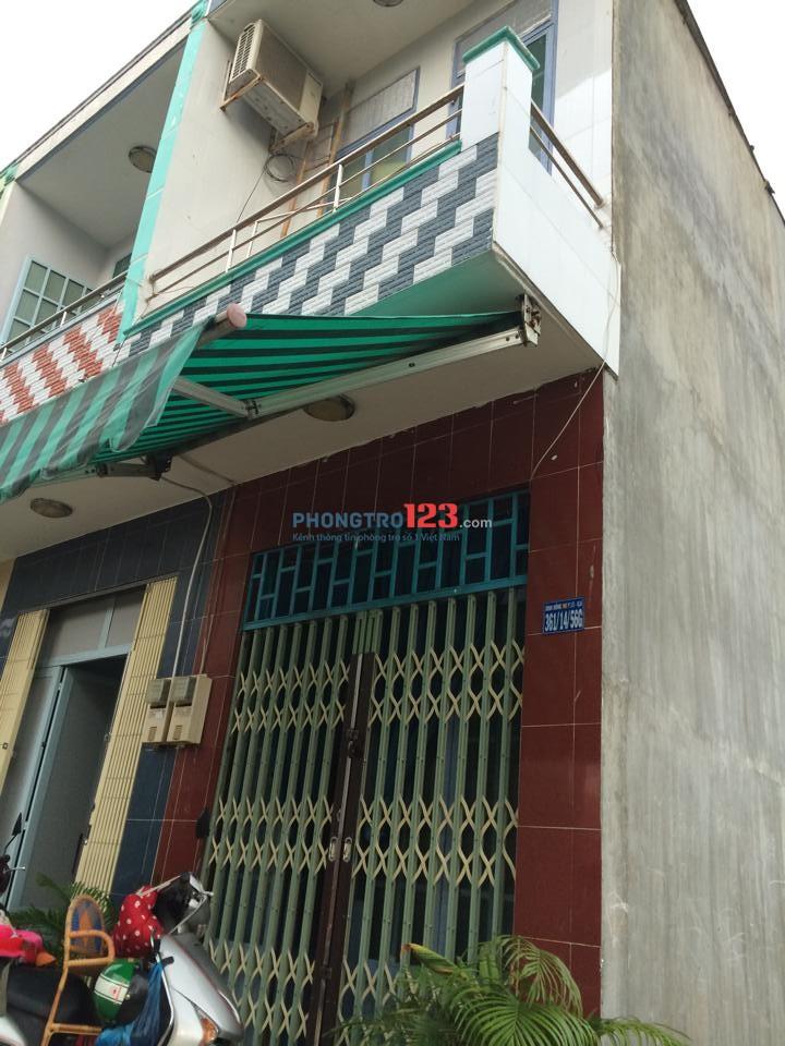 Nhà cho thuê nguyên căn vào ở liền, gần chợ Trần Văn Quang