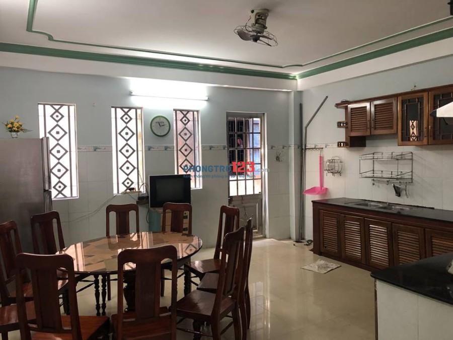Nhà chính chủ, không qua trung gian, Cho thuê nhà mặt tiền nguyên căn 3 lầu, đầy đủ nội thất
