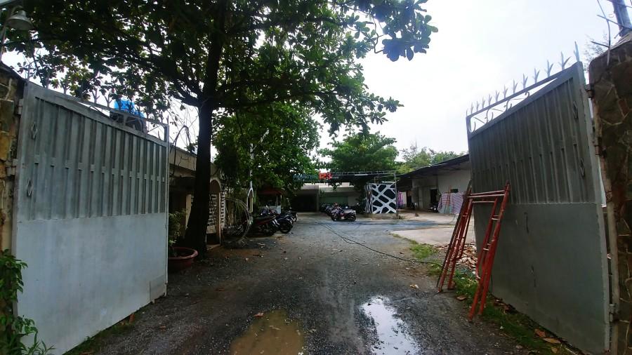 Cho thuê xưởng + văn phòng hẻm lớn Bình Quới, P28, Bình Thạnh, dt 1000m2