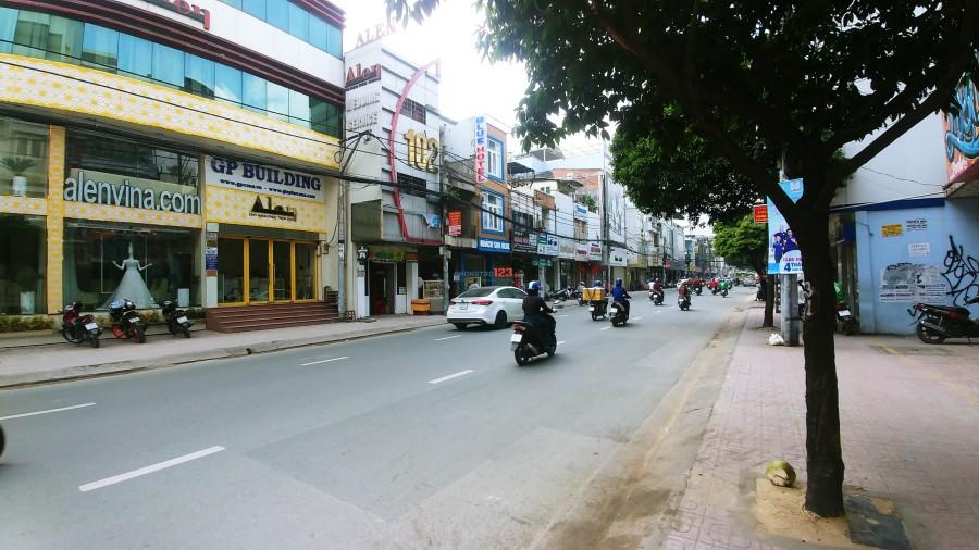 Cho thuê nguyên căn MT Hồ Văn Huê, 3 lầu, 3PN, P9, Phú Nhuận