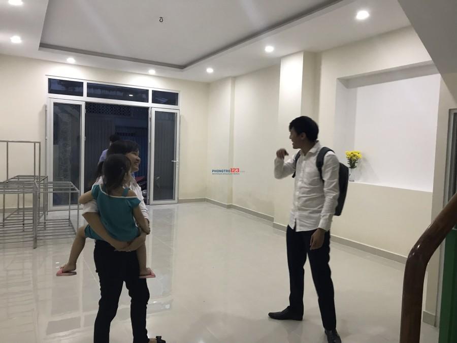 Mặt bằng đường Nguyễn Văn Nguyễn Quận 1