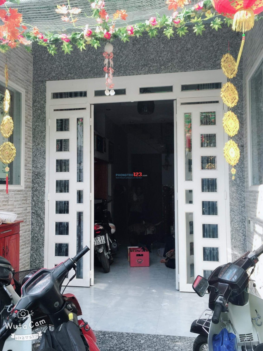 Cho thuê nhà 1 trệt 2 lầu Hẻm Võ Văn Ngân, Q.Thủ Đức, DT: 120m