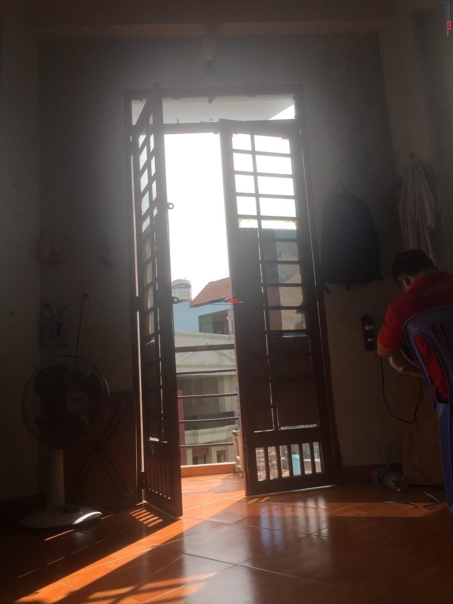 Cần nam ở ghép (71/52 Cộng Hoà, P4, Tân Bình, Tp.HCM )