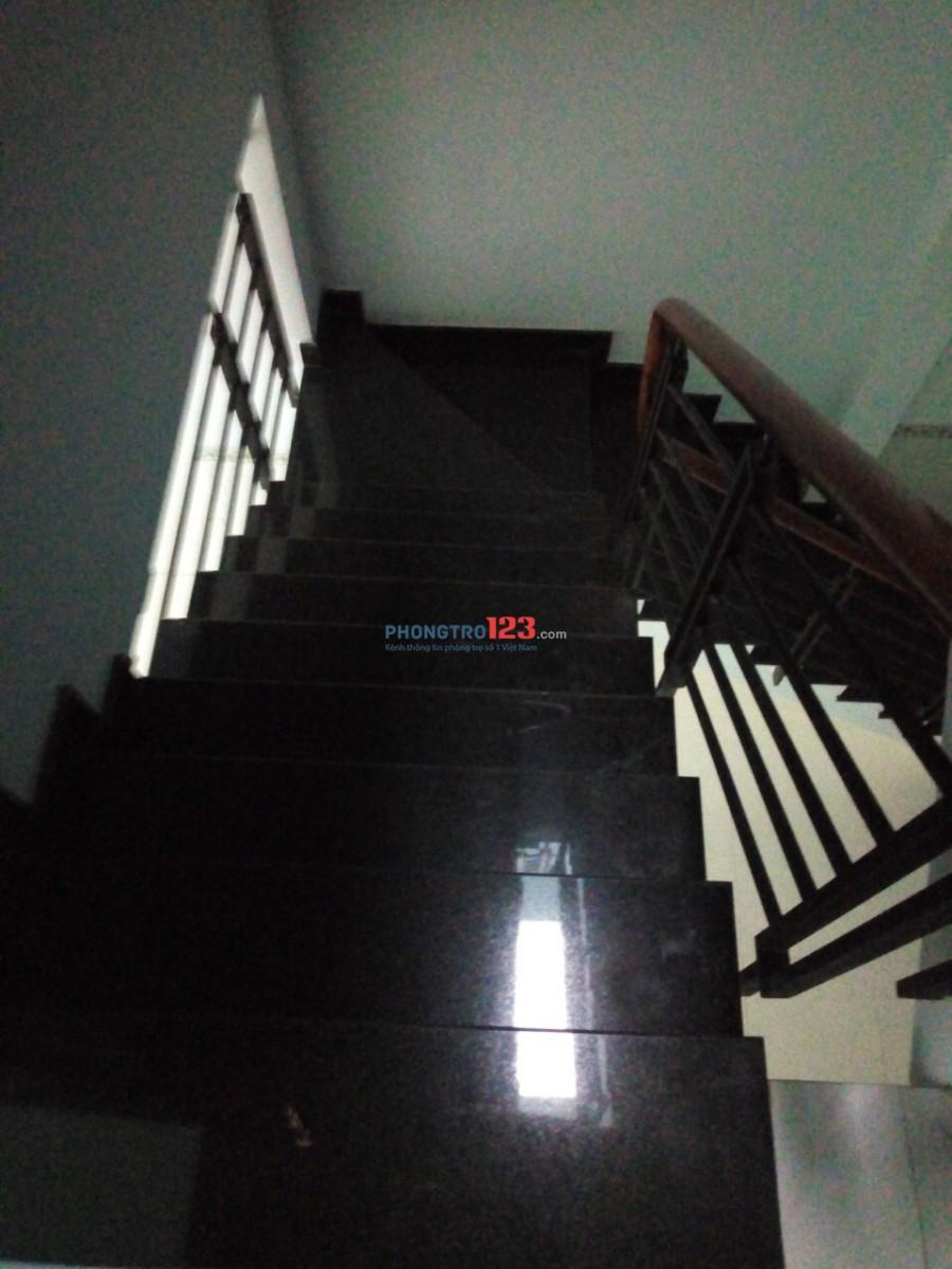 Cho thuê phòng đầy đủ tiện nghi đường Nguyễn Hồng Đào