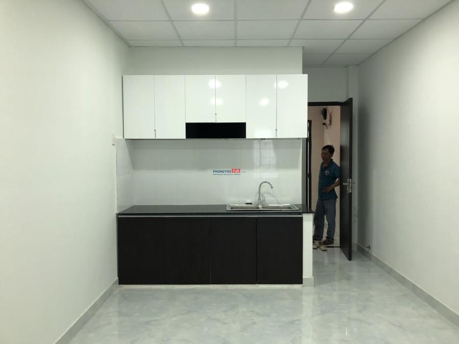 Phòng trọ cao cấp mới xây dựng nằm ngày trung tâm Q.3 - Q.10